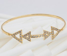 Vogue Crafts & Designs Pvt. Ltd. manufactures and exports diamond and gold jewelry bracelets at wholesale prices