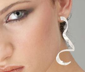 Vogue Crafts & Designs Pvt. Ltd. manufactures and exports fashion jewelry earrings at wholesale prices