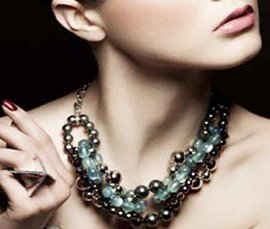 Vogue Crafts & Designs Pvt. Ltd. manufactures and exports fashion jewelry necklaces at wholesale prices