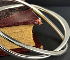 Vogue Crafts & Designs Pvt. Ltd. is a trusted manufacturer and exporter of silver cuffs at wholesale prices.