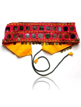 We manufacture fancy and designer belts at best wholesale prices in the industry.