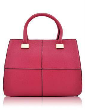 We manufacture designer handbags at best wholesale prices in the industry.