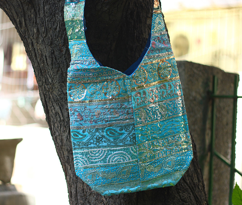 Latest Design Jewelry - The Blue Bucket Bag .