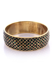 Vogue Crafts and Designs Pvt. Ltd. manufactures Green Stone Chips Bangle at wholesale price.