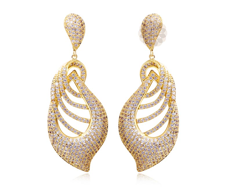 Vogue Crafts & Designs Pvt. Ltd. manufactures Fancy Gold and Diamond Earrings at wholesale price.