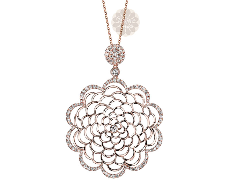 Vogue Crafts & Designs Pvt. Ltd. manufactures Rose Gold Flower Pendant at wholesale price.