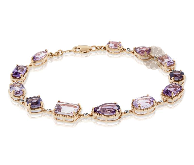 Vogue Crafts & Designs Pvt. Ltd. manufactures Vintage Gold Bracelet at wholesale price.