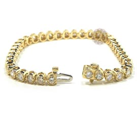 Round Diamond and Gold Bracelet