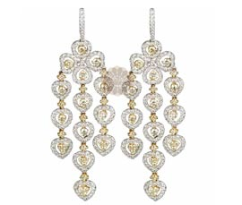 Vogue Crafts and Designs Pvt. Ltd. manufactures Diamond Chandelier Earrings at wholesale price.