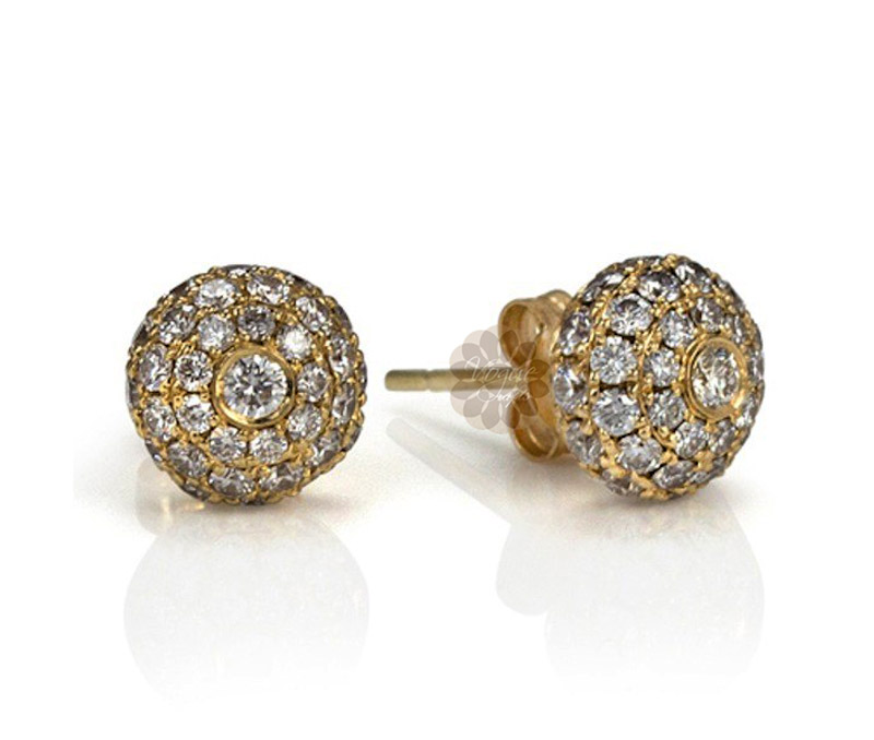 Latest Design Jewelry - Diamond and Gold Stud Earrings .