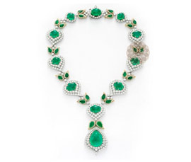 Vogue Crafts and Designs Pvt. Ltd. manufactures Antique Diamond and Gold Necklace at wholesale price.