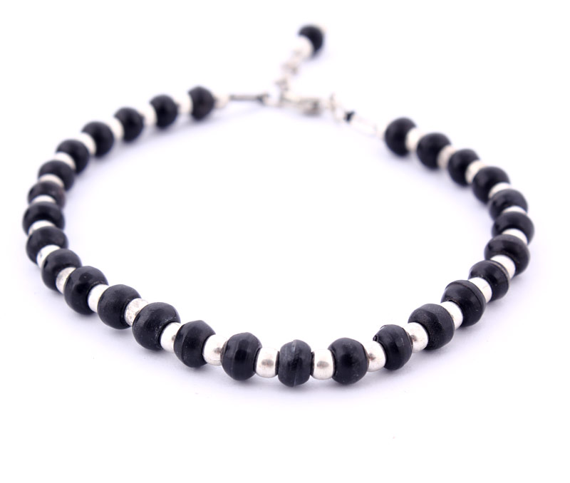 Latest Design Jewelry - Black and Silver Beads Anklet .