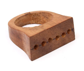 Vogue Crafts and Designs Pvt. Ltd. manufactures Sophisticated Brown Ring at wholesale price.
