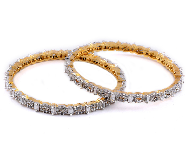 Latest Design Jewelry - Golden Brass Oval Shape Design Bangles .