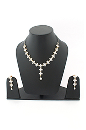 Vogue Crafts and Designs Pvt. Ltd. manufactures American Diamonds Earrings Necklace set at wholesale price.
