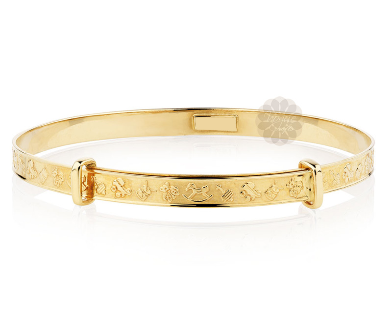Latest Design Jewelry - Feminine Cuteness Golden Bangle .