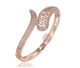 Vogue Crafts and Designs Pvt. Ltd. manufactures Voguish Rose Gold Cuff at wholesale price.