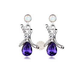 Vogue Crafts and Designs Pvt. Ltd. manufactures Be Silver Modish Earrings at wholesale price.