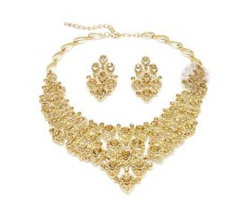 Vogue Crafts and Designs Pvt. Ltd. manufactures Popular Traditional Necklace at wholesale price.