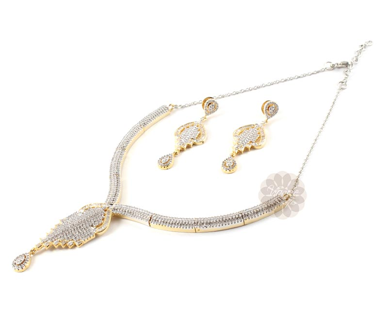 Vogue Crafts & Designs Pvt. Ltd. manufactures The Gracious Earrings-Necklace set at wholesale price.