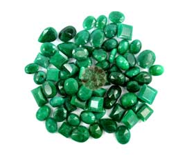 Vogue Crafts and Designs Pvt. Ltd. manufactures green saphire at wholesale price.