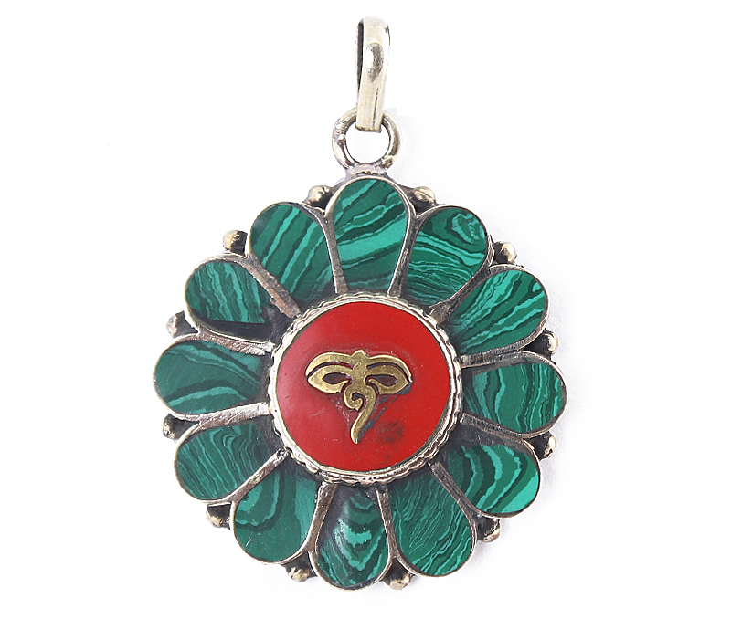 Vogue Crafts & Designs Pvt. Ltd. manufactures Malachite Buddha Eye Pendant at wholesale price.