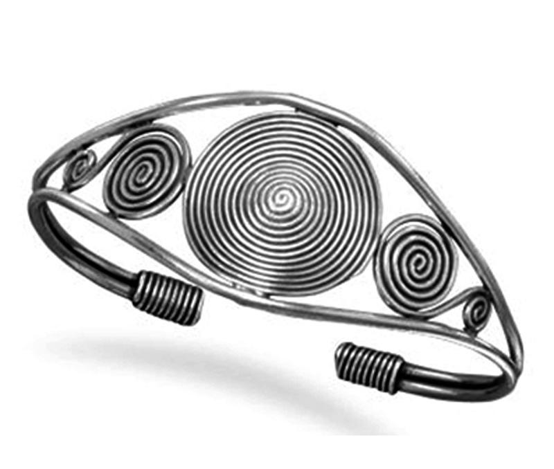 Vogue Crafts & Designs Pvt. Ltd. manufactures Designer Spiral Silver Cuff at wholesale price.