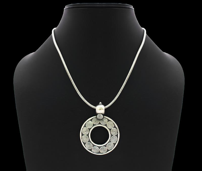 Vogue Crafts & Designs Pvt. Ltd. manufactures Spiral Circle Silver Pendant at wholesale price.