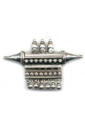 Vogue Crafts and Designs Pvt. Ltd. manufactures Traditional Sterling Silver Pendant at wholesale price.