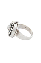 Vogue Crafts and Designs Pvt. Ltd. manufactures Floral Silver Ring at wholesale price.