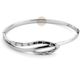Vogue Crafts and Designs Pvt. Ltd. manufactures Sterling Silver Leaf Bangle at wholesale price.