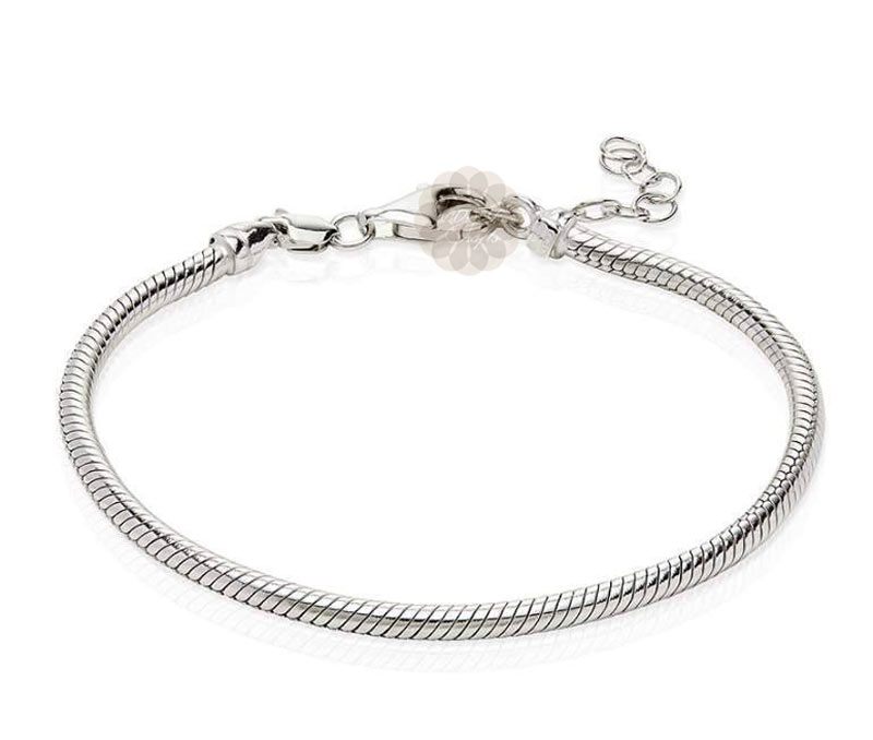 Vogue Crafts & Designs Pvt. Ltd. manufactures Textured Silver Bracelet at wholesale price.