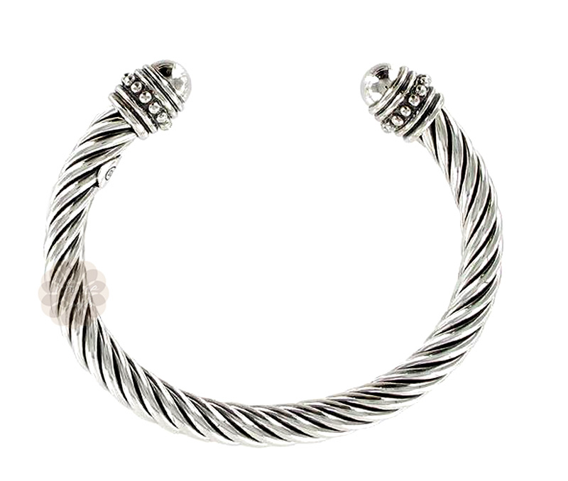 Vogue Crafts & Designs Pvt. Ltd. manufactures Twisted Pattern Silver Cuff at wholesale price.