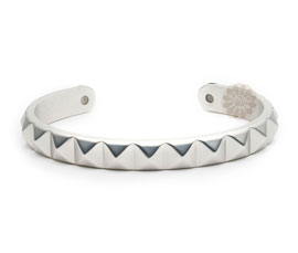 Vogue Crafts and Designs Pvt. Ltd. manufactures Vintage Sterling Silver Cuff at wholesale price.