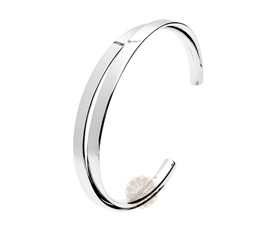 Vogue Crafts and Designs Pvt. Ltd. manufactures Classic Sterling Silver Cuff at wholesale price.