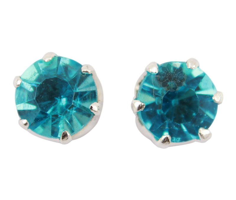 Vogue Crafts & Designs Pvt. Ltd. manufactures Blue Stone Silver Stud Earrings at wholesale price.