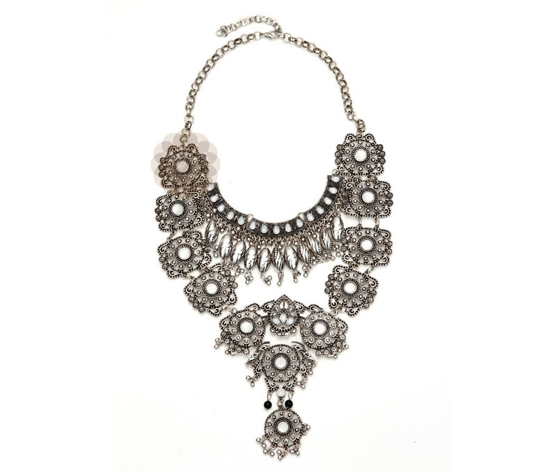 Vogue Crafts & Designs Pvt. Ltd. manufactures Traditional Silver Necklace at wholesale price.