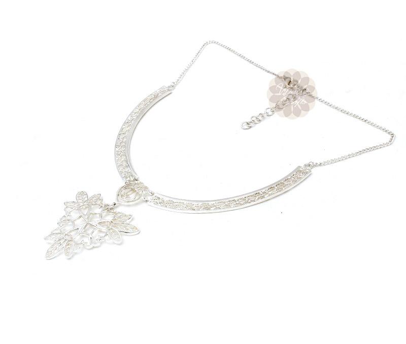 Vogue Crafts & Designs Pvt. Ltd. manufactures Floral Filigree Silver Necklace at wholesale price.