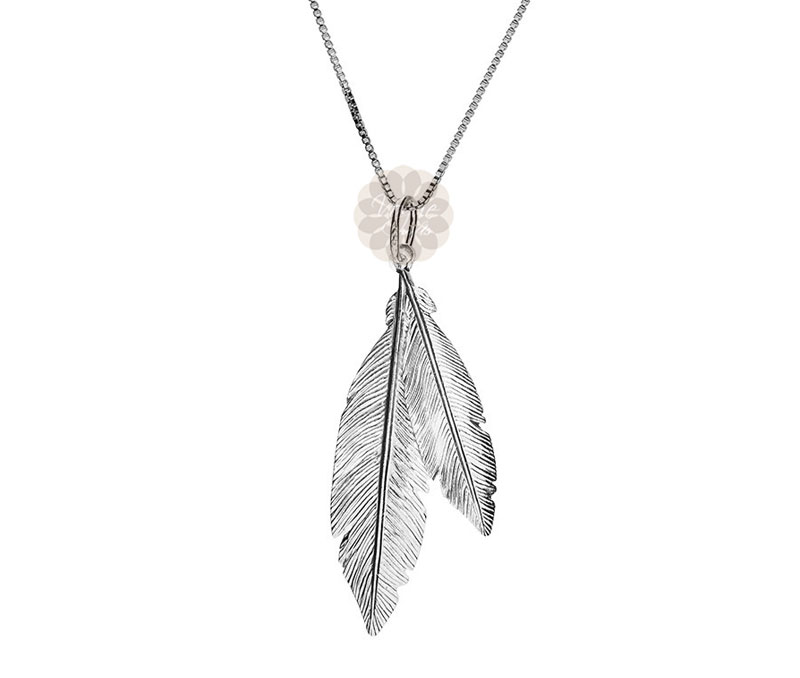 Vogue Crafts & Designs Pvt. Ltd. manufactures Twin Feather Silver Pendant at wholesale price.