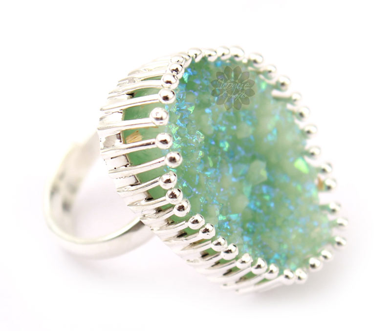 Latest Design Jewelry - Sterling Silver Green Stone Ring .